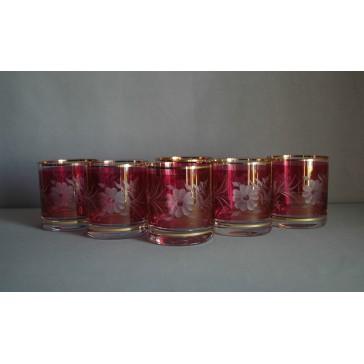 Pohár na whisky, s dekorom kvetina, v červenej farbe www.sklenenevyrobky.cz