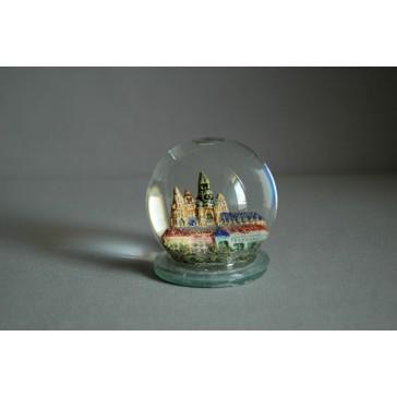 Sněžící koule a Pražský hrad www.sklenenevyrobky.cz