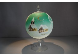 Candle ball 12cm with stand, in green color www.sklenenevyrobky.cz