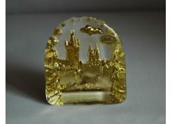 Plaketa Staroměstské náměstí ze skla 8x9,5x3cm barva zlatá