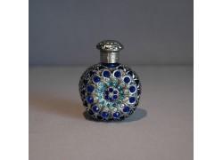 Skleněný flakon na parfém 29.