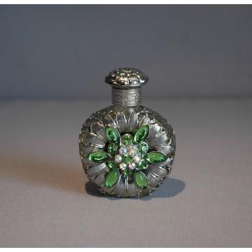 Skleněný flakon na parfém 44.
