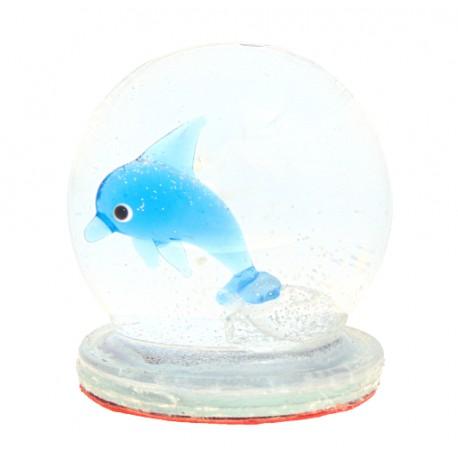 Snow globe with dolphin www.sklenenevyrobky.cz