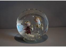 Sněící koule Andílci 11 - 12 cm