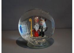 Sněžící koule Mikuláš s čertem 10cm www.sklenenevyrobky.cz