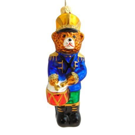 Vánoční ozdoba medvěd s bubínkem www.sklenenevyrobky.cz