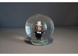 Sněžící koule a figurkou kominíka
