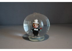Snowball and Figurine Chimney www.sklenenevyrobky.cz