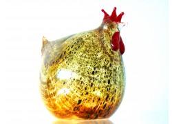 Easter hen made of blown glass