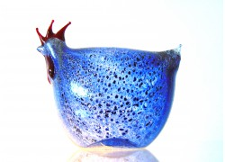 Easter hen made of blown glass www.sklenenevyrobky.cz