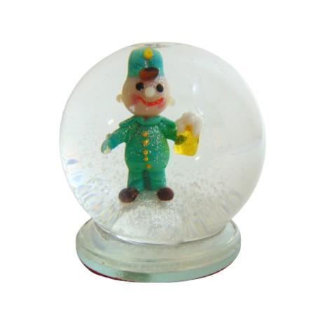Sněžící koule a figurka dobrého vojáka Švejka www.sklenenevyrobky.cz