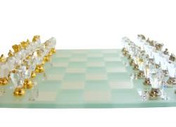 Šachy z broušených skleněných komponentů 18x18cm