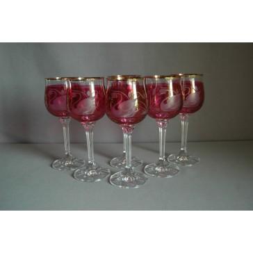 Poháre na víno, 6 ks, dekor Labuť, v červenej www.sklenenevyrobky.cz