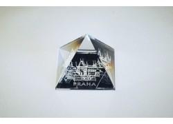 Pyramida pískovaná 35 mm crystal Praha III - malostranské věže