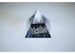 Pyramida pískovaná 40 mm crystal Praha II - mostecká věž