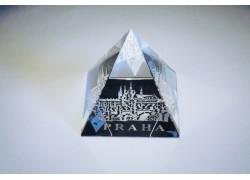 Pyramida pískovaná 40 mm pokovená Praha I - hrad s mostem