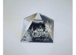 Pyramida pískovaná 50 mm crystal Praha II - mostecká věž
