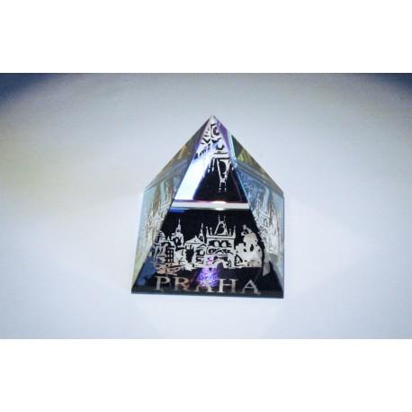 Pyramida pískovaná 50 mm pokovená Praha III - malostranské věže