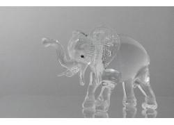 Glass elephant made of clear glass www.sklenenevyrobky.cz