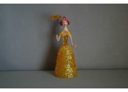 Figúrka Dáma so slnečníkom v žltých šatách