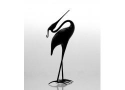 Black heron made of glass www.sklenenevyrobky.cz