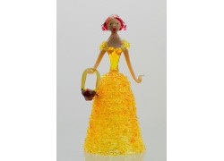 Figurine - lady with basket, in yellow dress www.sklenenevyrobky.cz