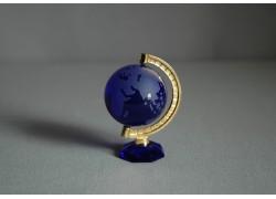 Glass globe in blue www.sklenenevyrobky.cz