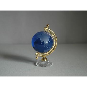 Globus ze skla v modré barvě www.sklenenevyrobky.cz