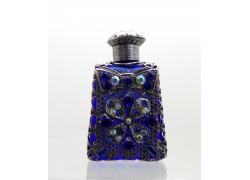 Skleněný flakon na parfém 17.