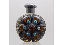 Skleněný flakon na parfém 18.