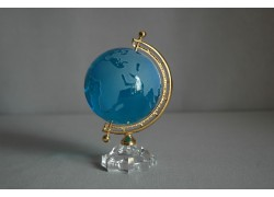 Globus zo skla, tyrkysovo modrý