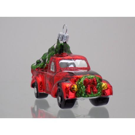 Auto nákladní s vánočním stromkem 555