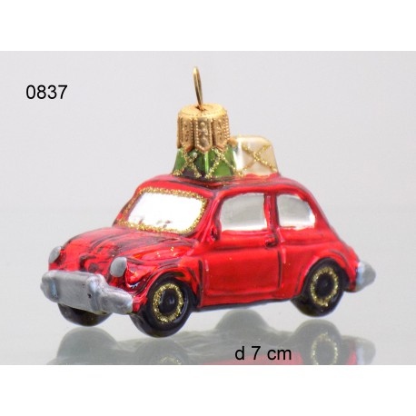 Christmas decoration, small car with a gift 70x40x30mm www.sklenenevyrobky.cz