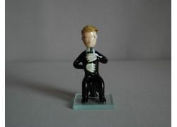 Figurine, musician playing clarinet www.sklenenevyrobky.cz