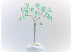 Stromek pro štěstí s křišťálovými ověsy stříbrný malachyt 6,5x6,5x21cm