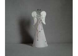 White glass angel, sprinkled wings www.sklenenevyrobky.cz