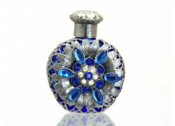 Sklenený flakón na parfum 55.