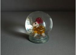 Sněžící koule a figurka znamení Skopec