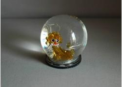 Snow globe with Lion www.sklenenevyrobky.cz