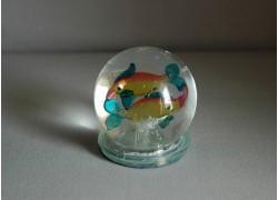 Snow globe and figurine sign fish www.sklenenevyrobky.cz