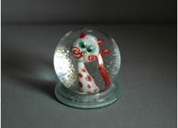 Snow globe and figurine cats with dots www.sklenenevyrobky.cz
